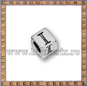 Margica argintie 5.5mm Litera I