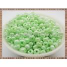 Margele nisip 4mm - verde deschis perlat (100gr)