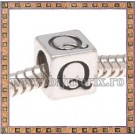Margica argintie 6.4mm Litera Q