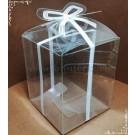 Cutie acetofan - dunga alba cu fundita 6,5x6,5x8cm